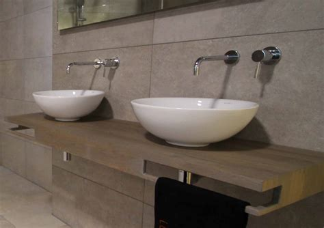 badkamertablet wastafel lucawood eiken wastafelbladen op maat product in beeld
