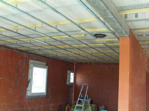 Suspente Plafond by Comment Fixer Les Suspentes Sous Un Plafond Hourdis B 233 Ton