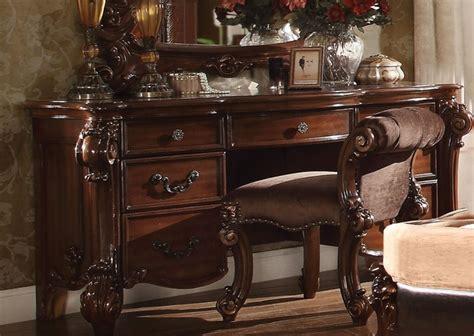 Cherry Wood Bedroom Vanity by Vendome 7 Drawer Bedroom Vanity Desk In Cherry