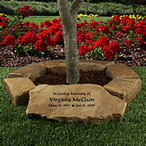 Small Memorial Garden Ideas This Is A Wonderful Idea For The Memorial Garden Which Will Allow Us To Remember Those We