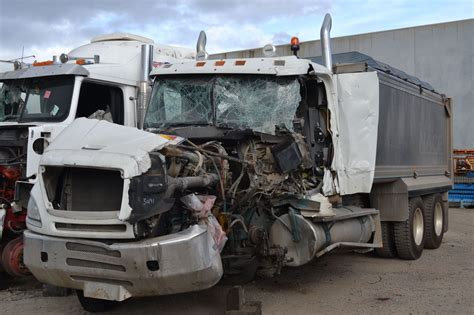kenworth truck wreckers australia trucks wreckers perth truck dismantlers for trucks