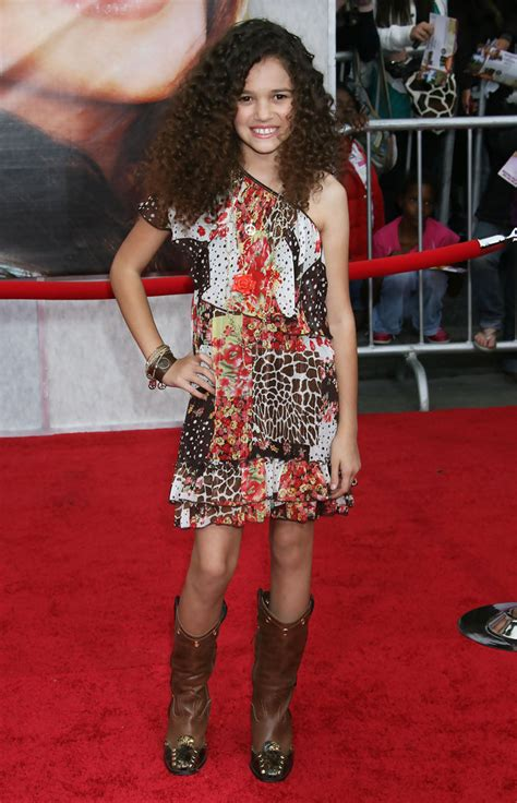 celebrity videos red carpet videos movie trailers celebrities on the red carpet for the quot hannah montana the