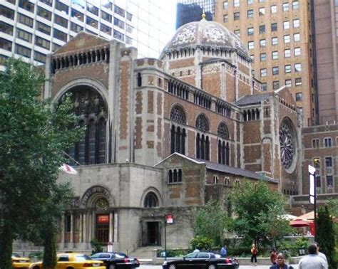 Nice Episcopal Church New York City #5: St_Bartholomews_Episcopal_Church_Manhattan_01.jpg
