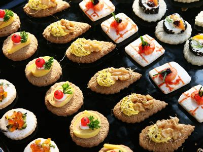 canape history the artist matched with 1920s delights and food