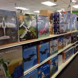 hobbytown usa 25 reviews hobby shops 16421 cleveland