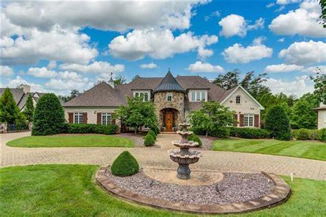 Greensboro Luxury Homes And Greensboro Luxury Real Estate Luxury Homes Greensboro Nc