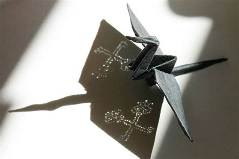 Origami Paper Works - beautiful paper folding cranes by origami enthusiast