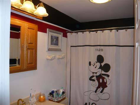 mickey mouse tiles for bathroom 17 best images about mickey mouse bathroom on pinterest