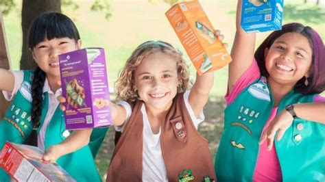girls scouts of the usa girls scouts of northeast texas world girl scouts accuse boys scouts of poaching girls bizwomen