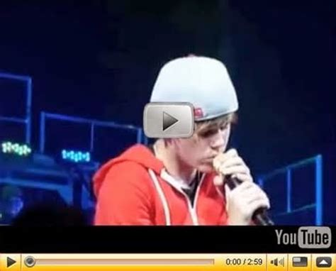 justin bieber chat room live justin bieber chat room live yknow justin bieber is now on live chat with his fans