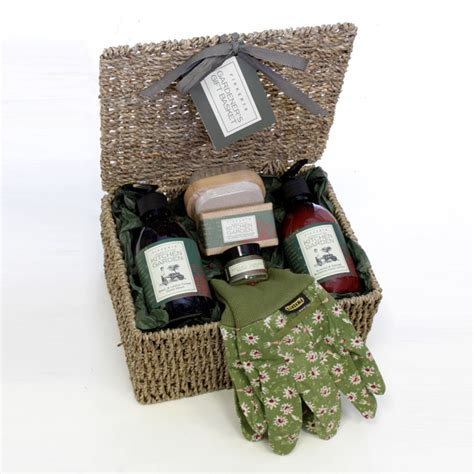Gardener Gifts by Gardeners Gift Basket Pering Gifts Floric