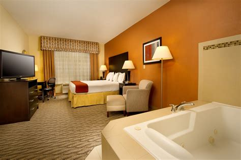 hotels with in room in va inn express suites manassas virginia is for