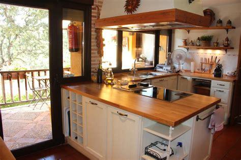 cocina barra americana isleta  vitroceramica