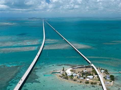 florida keys places to visit on a road trip from miami to key west