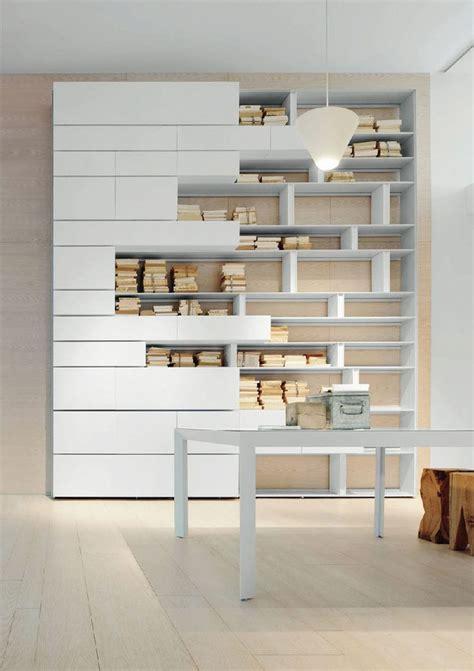 libreria a scaffali oltre 25 fantastiche idee su librerie a parete su