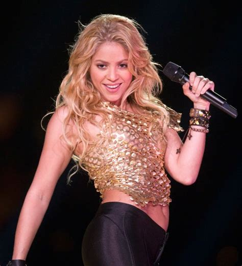 famous hispanic people shakira follow the artistic rise of shakira one the most