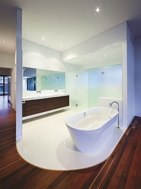 Great Looking Bathrooms Dise 241 O De Moderna Casa De Dos Pisos De Hormig 243 N Incluye