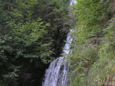 Wasserfall Im Garten 46 by Ferienwohnung Apart Elfriede Zillertal Frau Elfriede