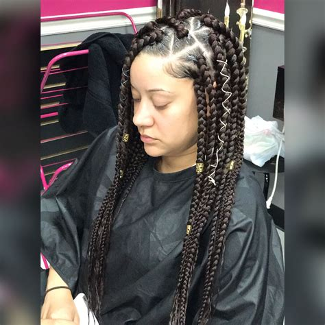 how to do triangle parts for hair braiding jumbo box braids triangle part box braids styledby