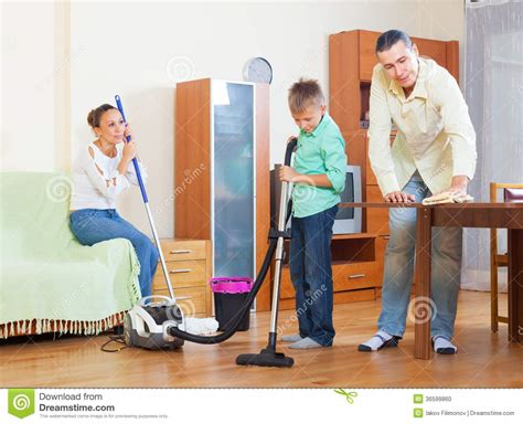 cleaning the house family cleaning together clipart www pixshark com