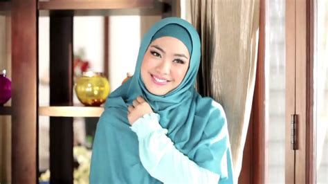 tutorial hijab pashmina oki setiana dewi oki setiana dewi shindy hijab i m in love video klip