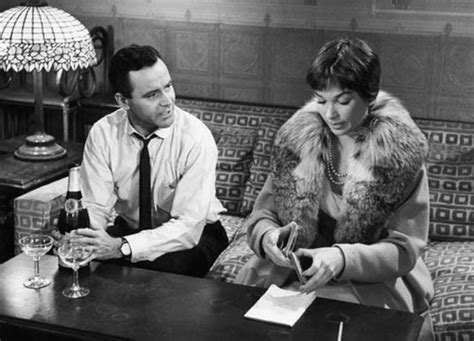 The Apartment Review 1960 The Apartment 1960 Pretty Clever