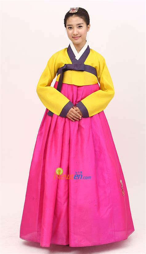 Dress Sw Pakaian Wanita Dress Korea Warna Orang Berkualitas selebritis korea dalam pakaian hanbok marwahranzez