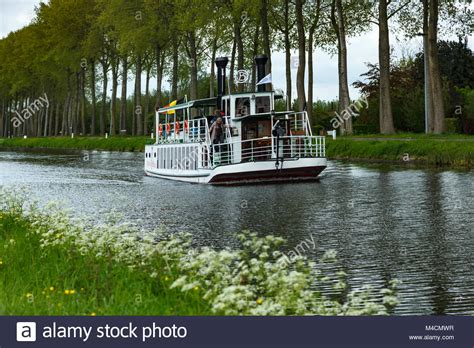 paddle boats on the canal paddle boat stock photos paddle boat stock images alamy