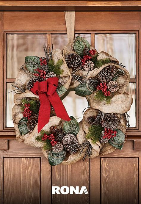How To Put A Christmas Wreath On The Door