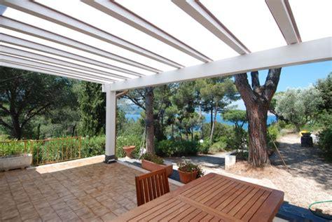 tettoie in legno bianco pergolato in legno bianco polyclassic clp302