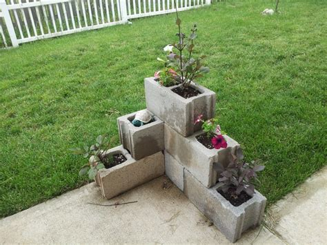 Cinder Block Garden Ideas 50 Best Images About Garden Hollow Blocks On Pinterest