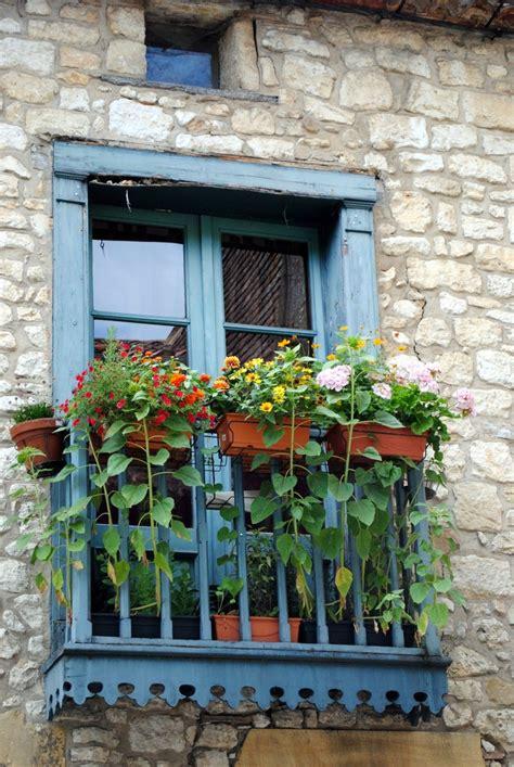 balcony window boxes balcony garden window boxes gardens