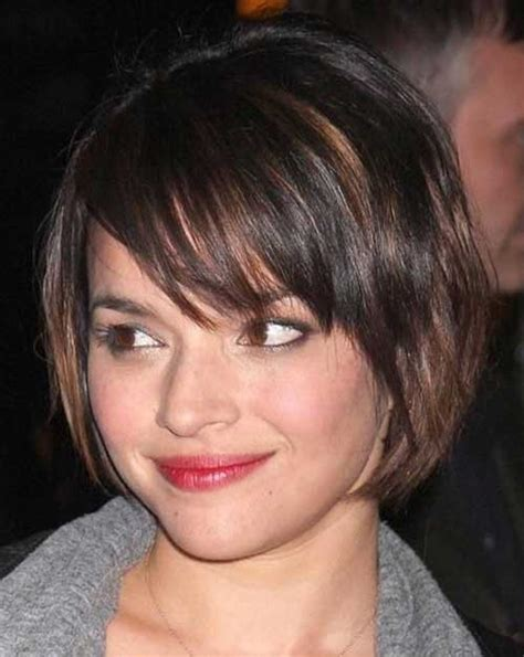 bob haircut fat face eye catching bob haircuts for round faces short