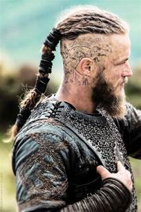 ragnar lothbrok s hairstyle from vikings
