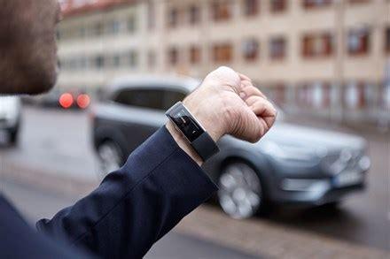 future   volvo cars  microsoft enable people  talk   cars volvo car