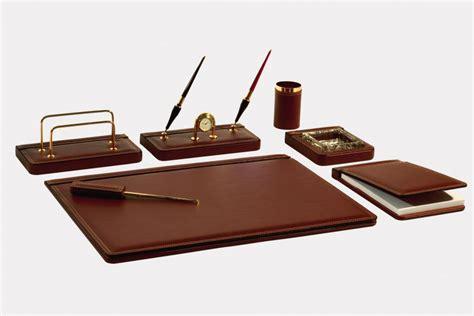 set scrivania pelle set scrivania 7 pz in pelle quot pieno fiore quot made in italy