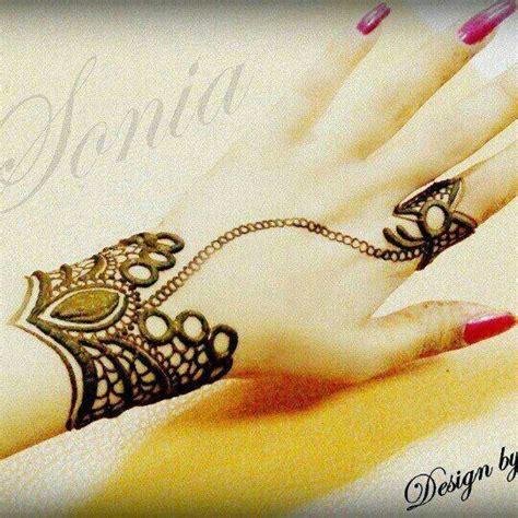 henna tattoo unique unique edgy mehndhi henna design mehndhi henna