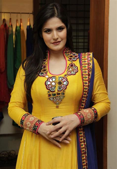 zareen khan biography in hindi bollywood actress zarine khan wallpapers biography