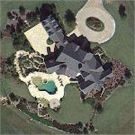 Cathy S House s truett cathy s house in hton ga maps globetrotting