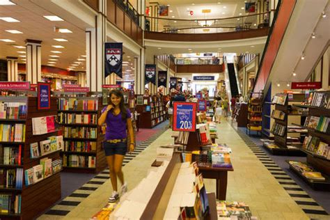 The Personal Mba Barnes And Noble by Barnes Noble Big Retailer On Cus Barron S