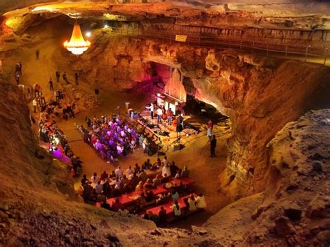 volcano room bluegrass underground the volcano room at the cumberland caverns in mcminnville is known as