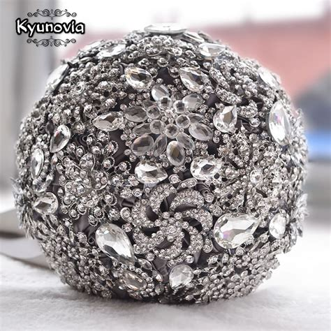 Wedding Bouquet Stores by Kyunovia Luxurious Wedding Accessories Brooch Bouquet