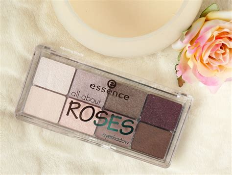 Eyeshadow Essence Review review essence all about roses eyeshadow palette 03 roses adjusting