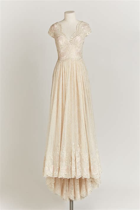 Wedding Dresses Vintage Look by A Closer Look At Bhldn S Stunning Fall 2015 Collection