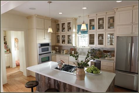 cream colored kitchens cream colored painted kitchen cabinets