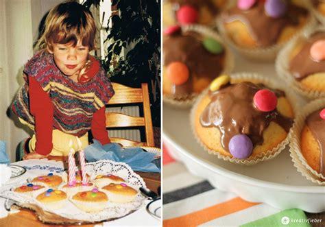 smarties auf kuchen befestigen smarties kuchen kindergeburtstag rezept schnell backen