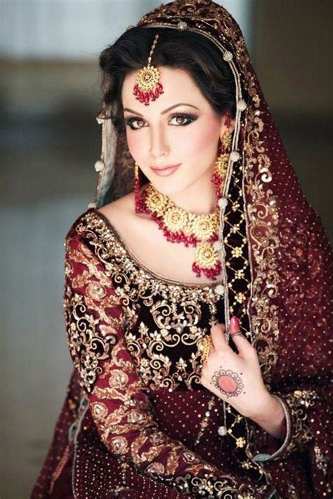 stylish pakistani bridal dresses wedding outfits