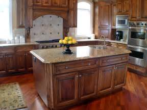 kitchen island color ideas finding the best kitchen paint colors with oak cabinets