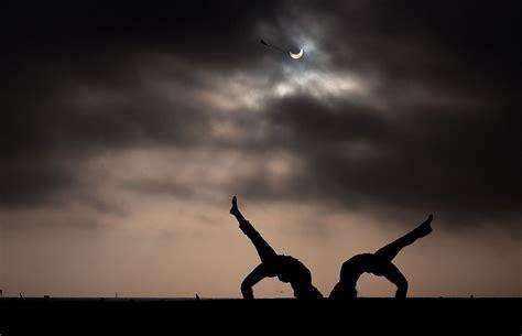 gambar gambar terbaik gerhana matahari anulus   gambar