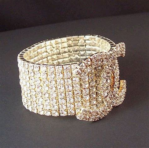 2007 Fashion Trends Nersels Designer Trendy Gold Jewelry by Rhinestone Coco Chanel Cc Symbol Expandable Bracelet From